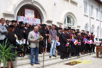 gsavs_curs_absolvire_2011_23