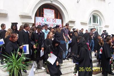 gsavs_curs_absolvire_2011_25